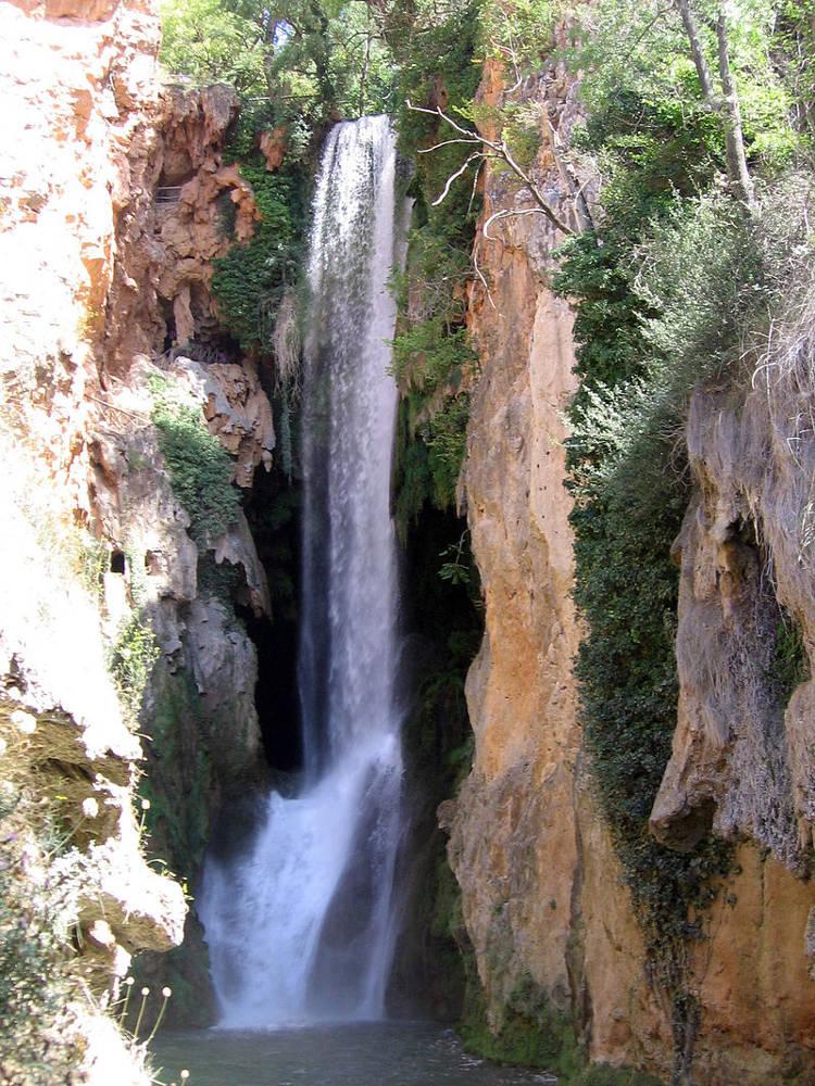 5 cascadas altas España 5