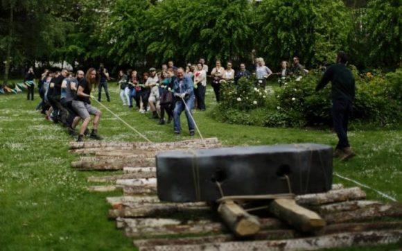 Voluntarios de University College realizando la prueba