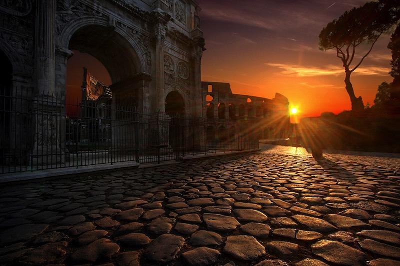 El Coliseo de Roma ofrece visitas con realidad virtual y juegos en familia