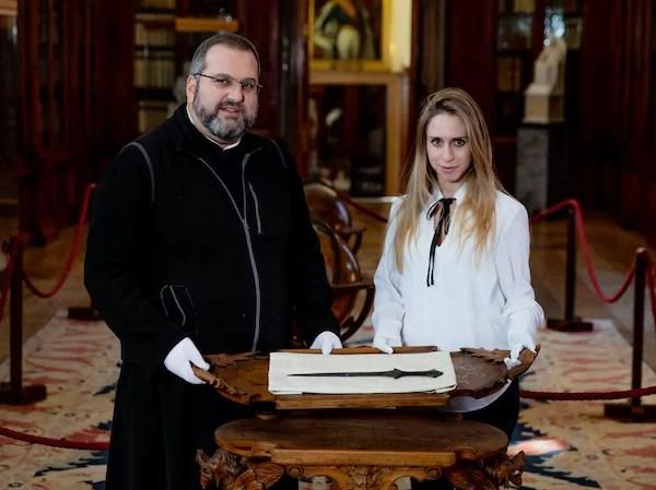 Encuentran una espada de hace 5.000 años en un monasterio veneciano
