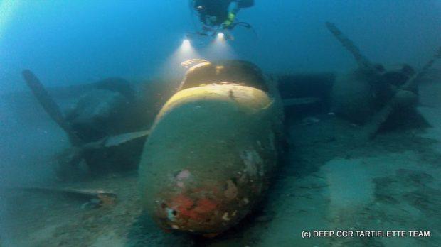 Les hélices de l'épave du Bombardier B26 Marauder Lavasina sont intactes