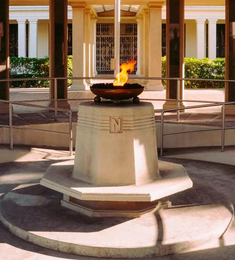 Monumento a los mártires de enero