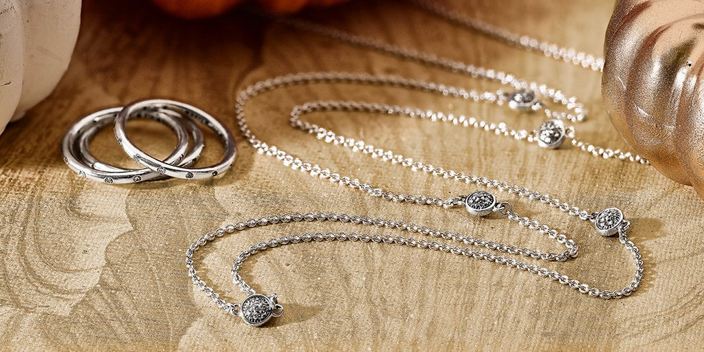 PANDORA Shimmering Droplets Necklace