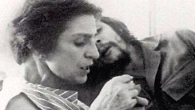 Celia y su hijo el Che.