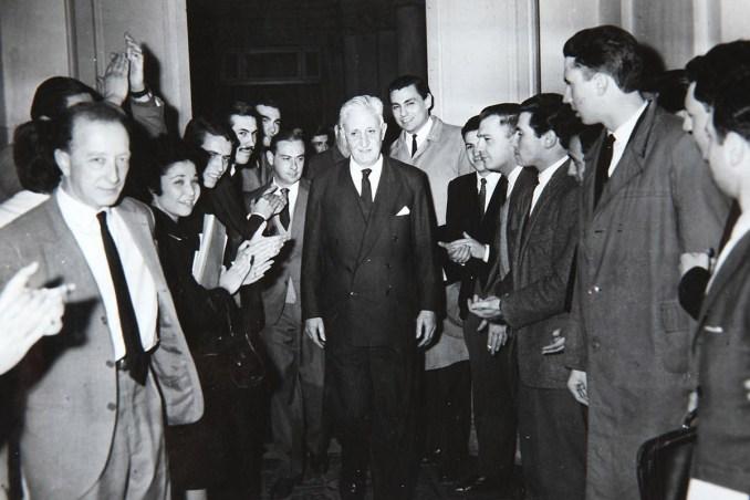 A cincuenta años del derrocamiento de Arturo Illia: bitácora de ...