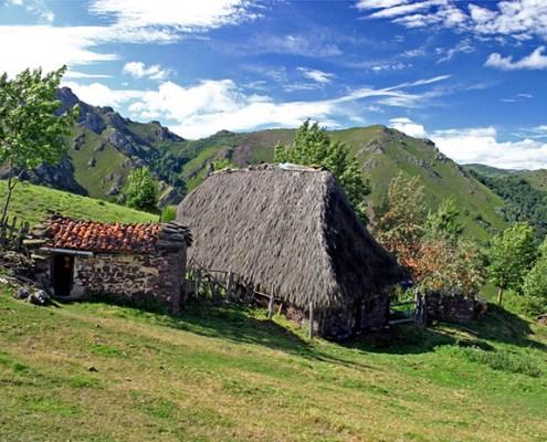 Brañas construcciones de Pastores Asturias