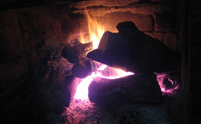 Cómo encender chimenea de leña Asturias