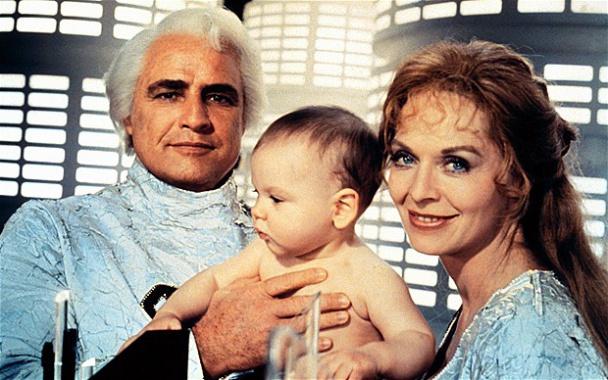 """Marlon Brando y Susannah York en """"Superman: The Movie"""" (1978)"""
