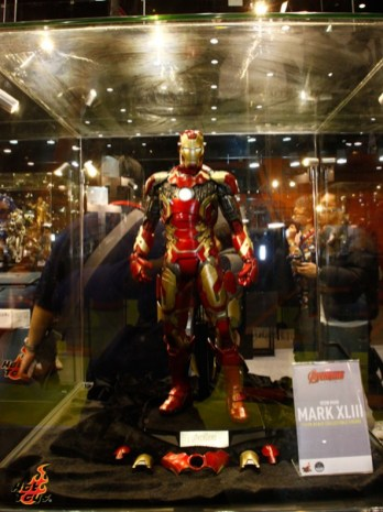 hot-toys-at-toy-soul-2014_05