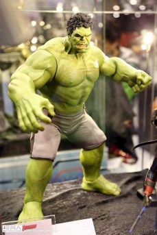 hot-toys-at-toy-soul-2014_11