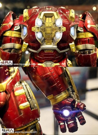 hot-toys-at-toy-soul-2014_28