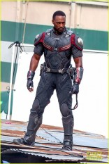 chris-evans-anthony-mackie-get-to-action-captain-america-civil-war-24