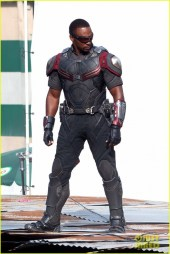 chris-evans-anthony-mackie-get-to-action-captain-america-civil-war-25