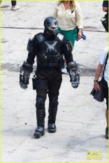 chris-evans-anthony-mackie-get-to-action-captain-america-civil-war-36