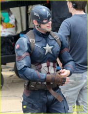 chris-evans-anthony-mackie-get-to-action-captain-america-civil-war-55