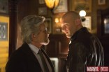 Hank Pym (Michael Douglas) cara a cara con Darren Cross (Corey Stoll)