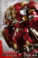 Hot Toy Hulkbuster 15