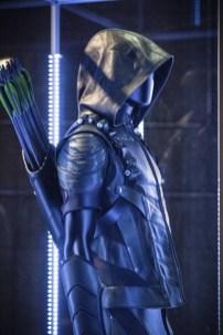 Arrow 4x01