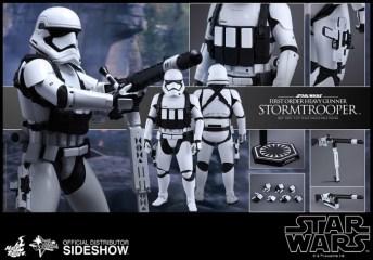 Hot Toys Star Wars VII 10