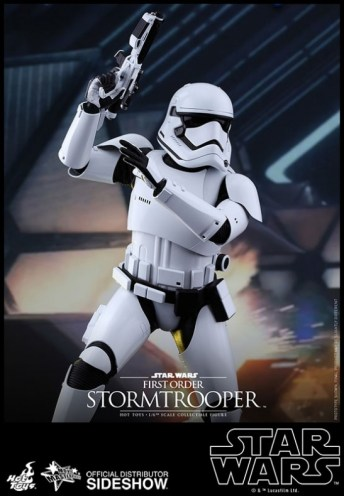 Hot Toys Star Wars VII 16