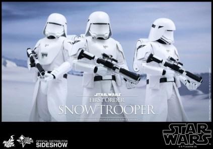 Hot Toys Star Wars VII 27