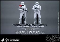 Hot Toys Star Wars VII 31