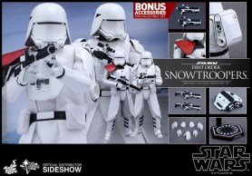 Hot Toys Star Wars VII 32