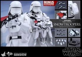 Hot Toys Star Wars VII 32