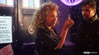 Doctor Who especial navidad 2015 River Song tardis3