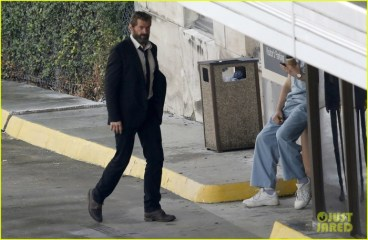hugh-jackman-beard-wolverine-3-set-photos-06