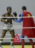 NECA Superman vs. Muhammad Ali (2)