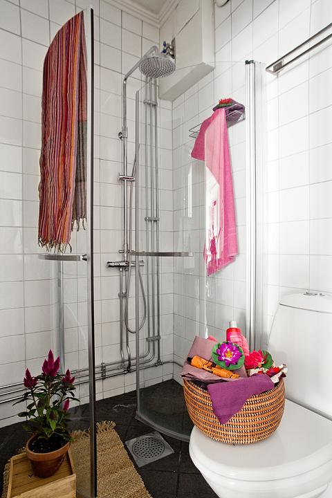 small swedish scandinavian bohemian apartment 11