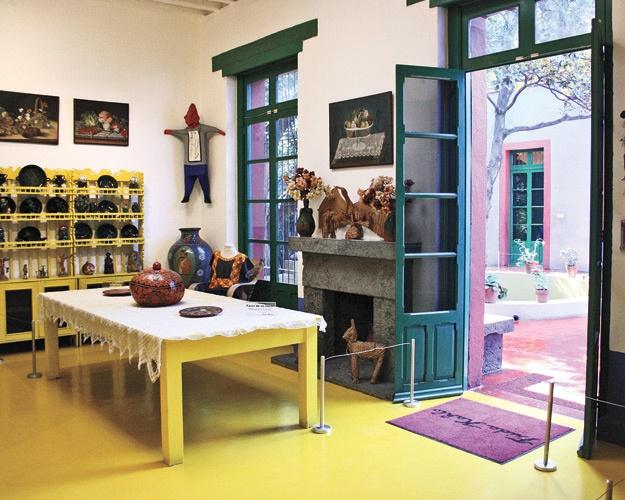 swedish house frida kahlo 11