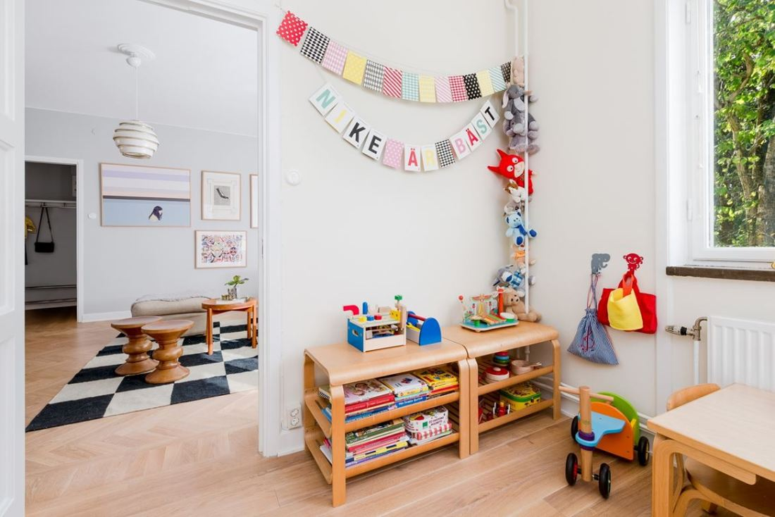 kid friendly decor apartment 14