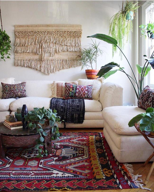 Tips to have a fall living room decor 07