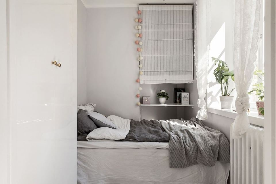Romantic Scandinavian apartment 09
