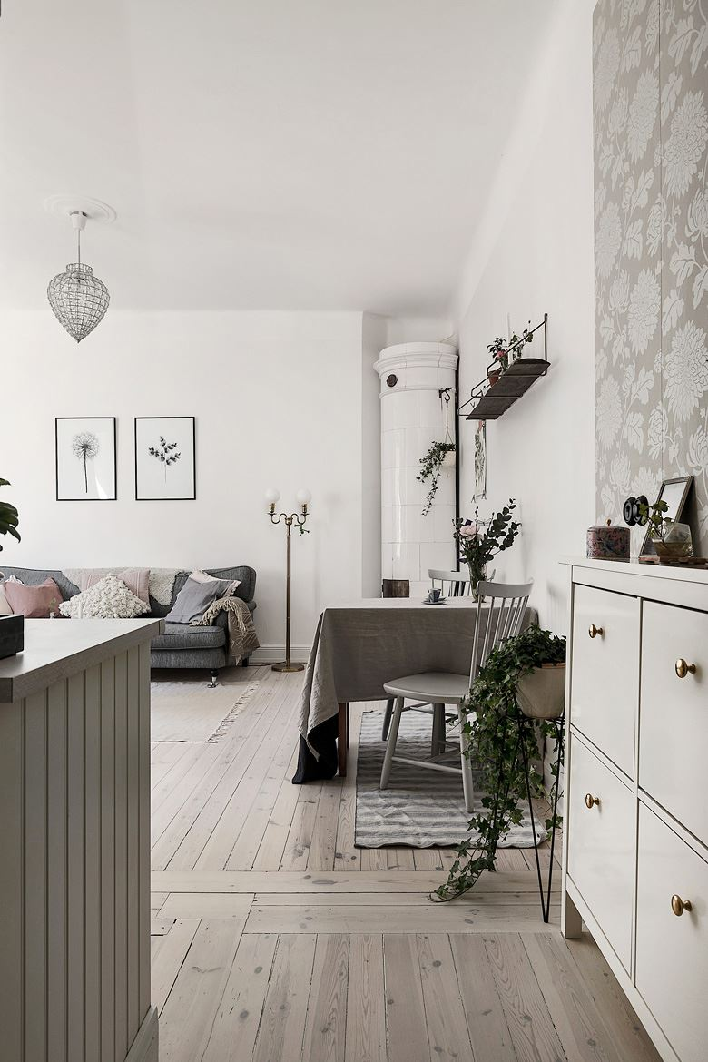 Romantic Scandinavian apartment 13