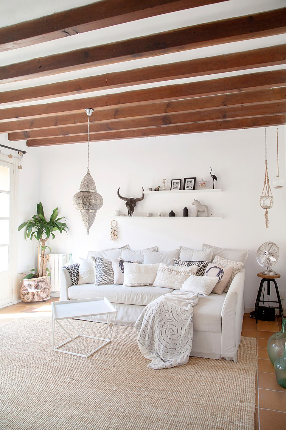 scandi boho apartment in Mallorca 12
