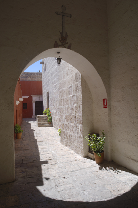 Convent of Santa Catalina and its color palette 07