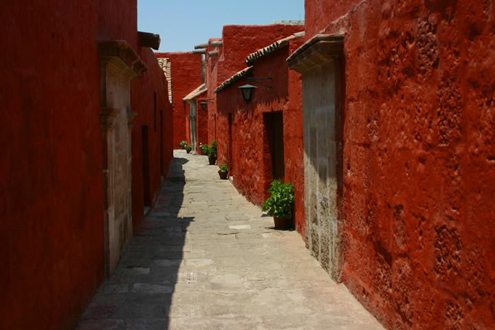 Convent of Santa Catalina and its color palette 12