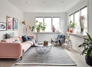 Metal, pink and blue palette in a Scandinavian decoration 01