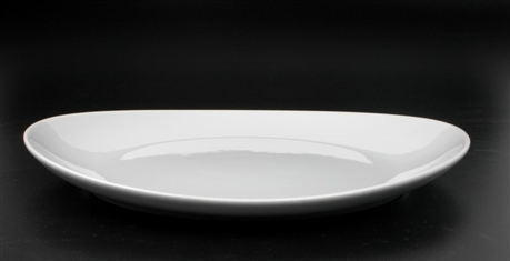 table cuisine ovale blanche