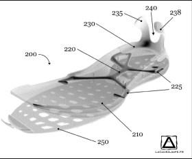 l'élément de renfort 220 et le heel clip (230/235/238)