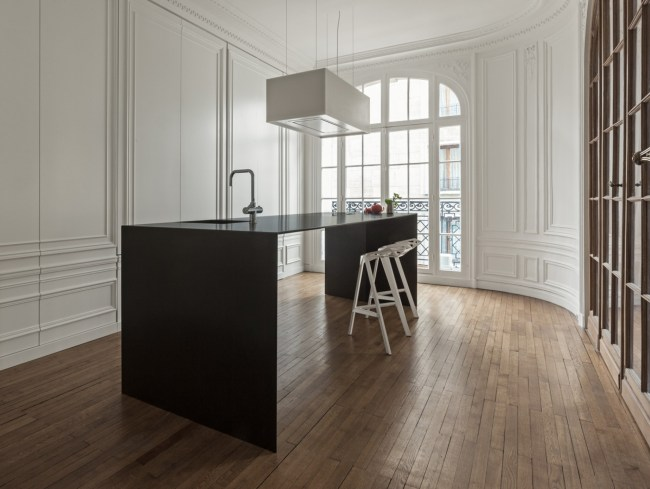 4 - Invisible kitchen - design by 129