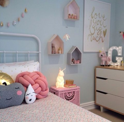 7girls - Kids Room - La Chiase Bleue via citymom