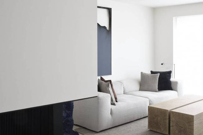 Vincent Van Duysen - DRD Apartment in Knokke - Selected by La Chaise Bleue (lachaisebleue.com)