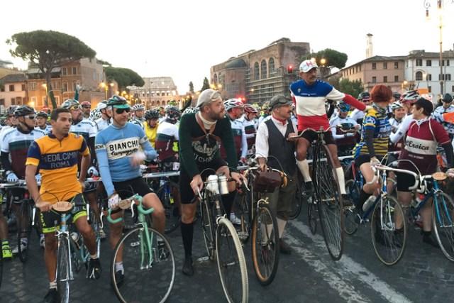 cyclistes-a-lancienne