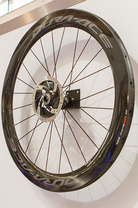 Shimano Dura Ace roues carbon disc