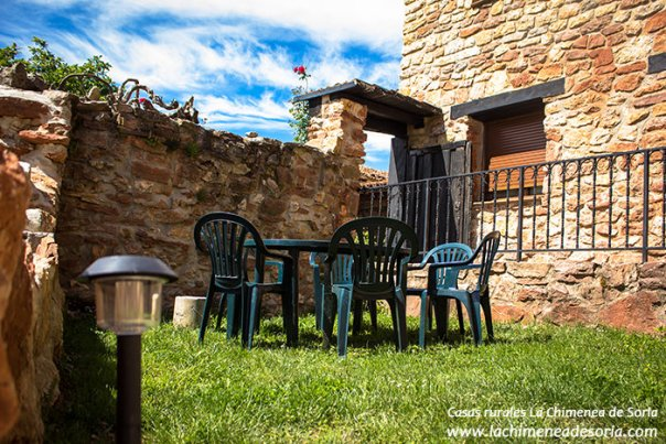 Casa Rural La Chimenea de Soria patio
