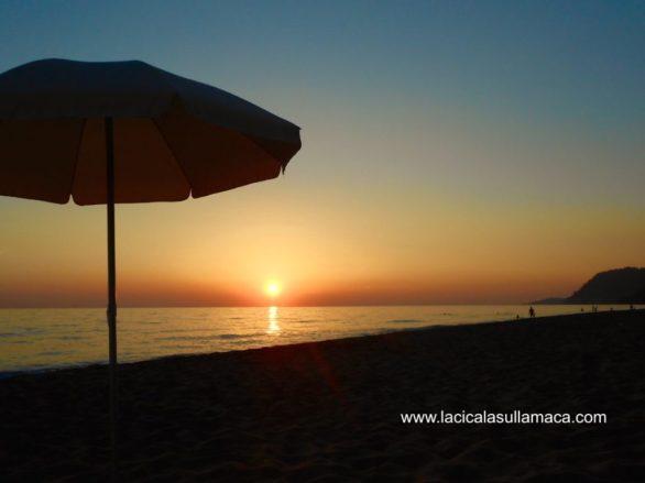 Spiagge Grecia Continentale Loutsa Beach - Tramonto